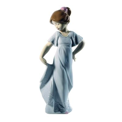 Nao Porcelain by Lladro HOW PRETTY!